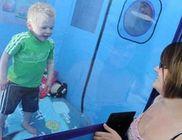 Nem érez fájdalmat a 3 éves kisfiú - önmagát csonkítja