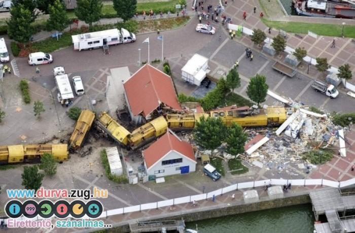 A vonat vágta ketté a házat...