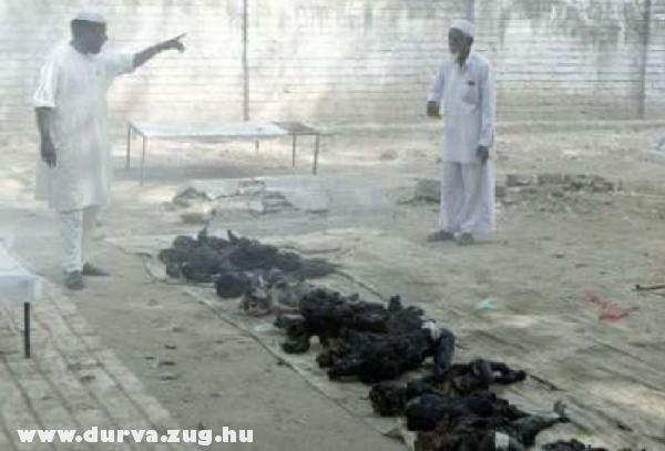 Elszenesedett gyerek holttestek