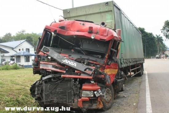 Törött Scania