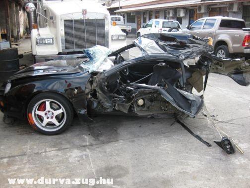 Sportkocsi darab