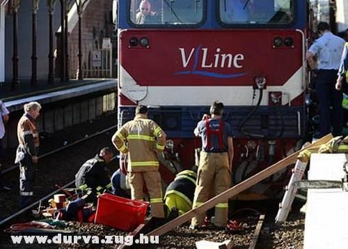 Halott a vonat alatt