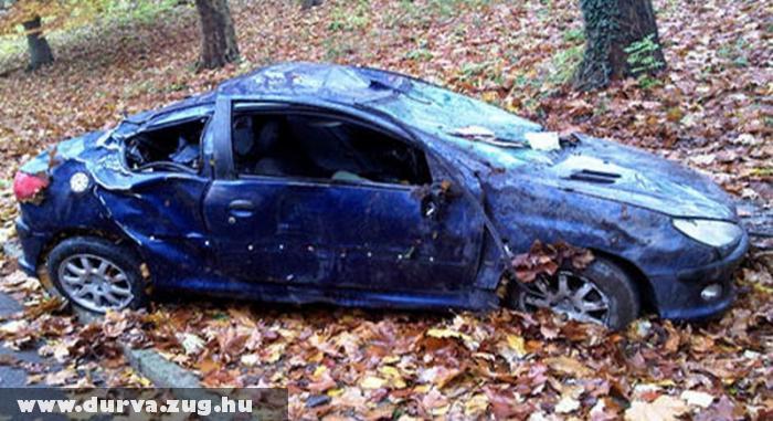 Felborult a Peugeot